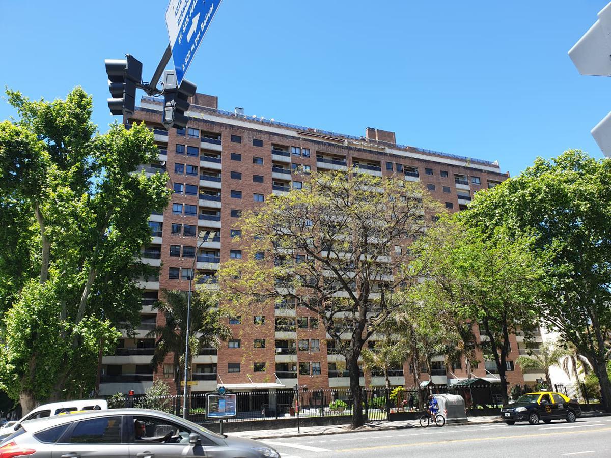 Foto Departamento en Alquiler en  San Telmo ,  Capital Federal  Av Paseo Colón 1142, 3º E
