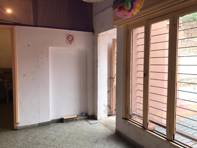 Foto Edificio Comercial en Venta | Alquiler en  Lomas de Zamora Oeste,  Lomas De Zamora  JOSE MARIA PENA 50