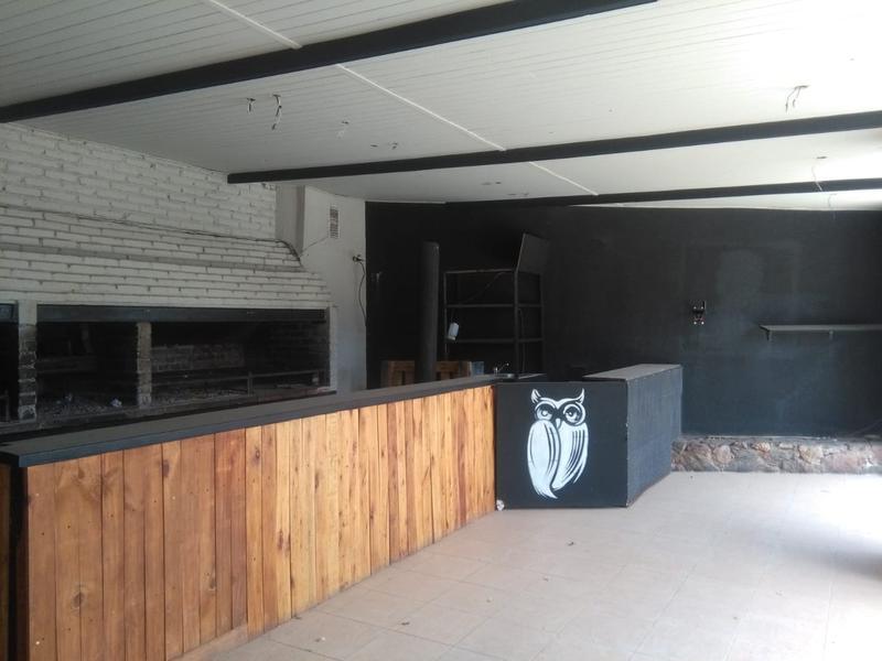 Foto Local en Alquiler en  Villa Belgrano,  Cordoba  Recta Martioli al 5700