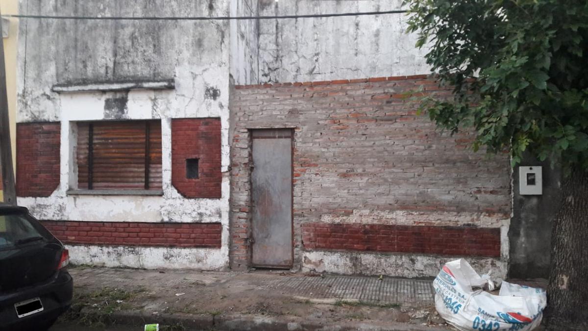 Foto Casa en Venta en  Santa Fe,  La Capital  Zona Parque Garay a 7 cuadras Av. Freyre con todos los servicios