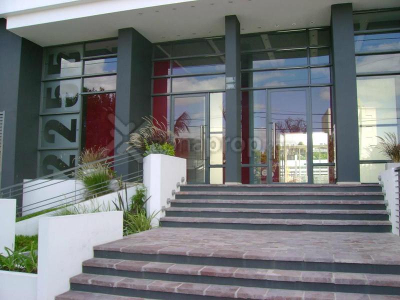 Foto Departamento en Venta en  Lomas De Zamora,  Lomas De Zamora  Avenida Almirante Brown 2200