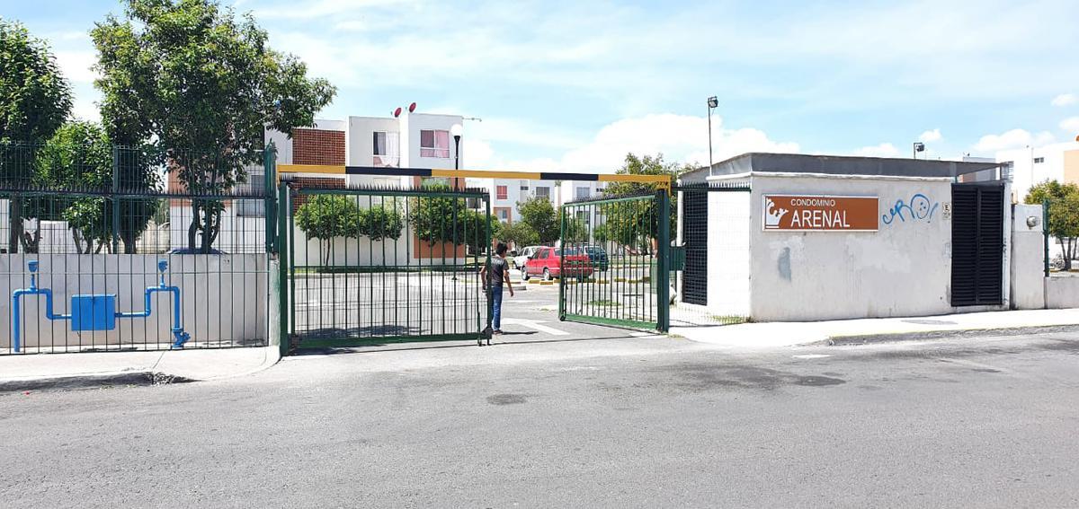 Foto Casa en Venta en  Fraccionamiento Paseos del Marques,  El Marqués  PASEOS DEL MARQUES COND. ARENAL