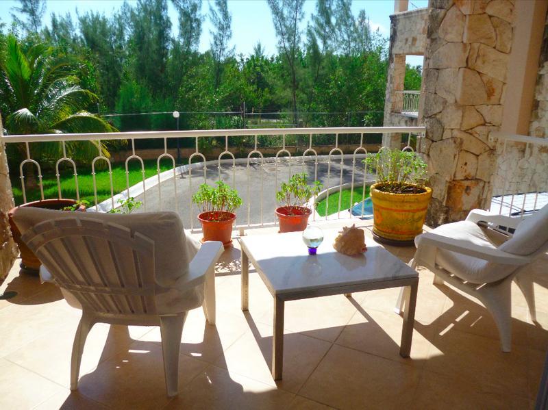 Foto Departamento en Renta en  El Table,  Cancún  El Table. La Vista. Departamento En Renta y Venta Amueblado de 3 recámaras con Vista a la Laguna.  SMZ 4B.. Cancún, Quintana Roo
