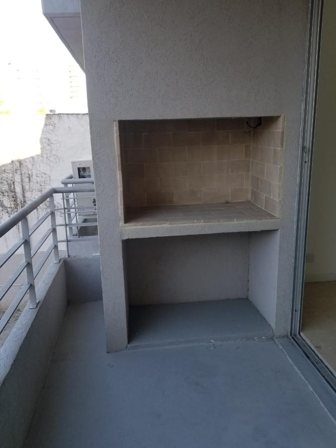Foto Oficina en Venta en  Beccar-Vias/Rolon,  Beccar  Av. Centenario al 2500
