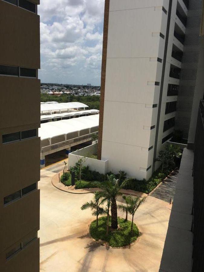 Foto Departamento en Renta en  Mérida ,  Yucatán  Rento departamento amueblado via Montejo