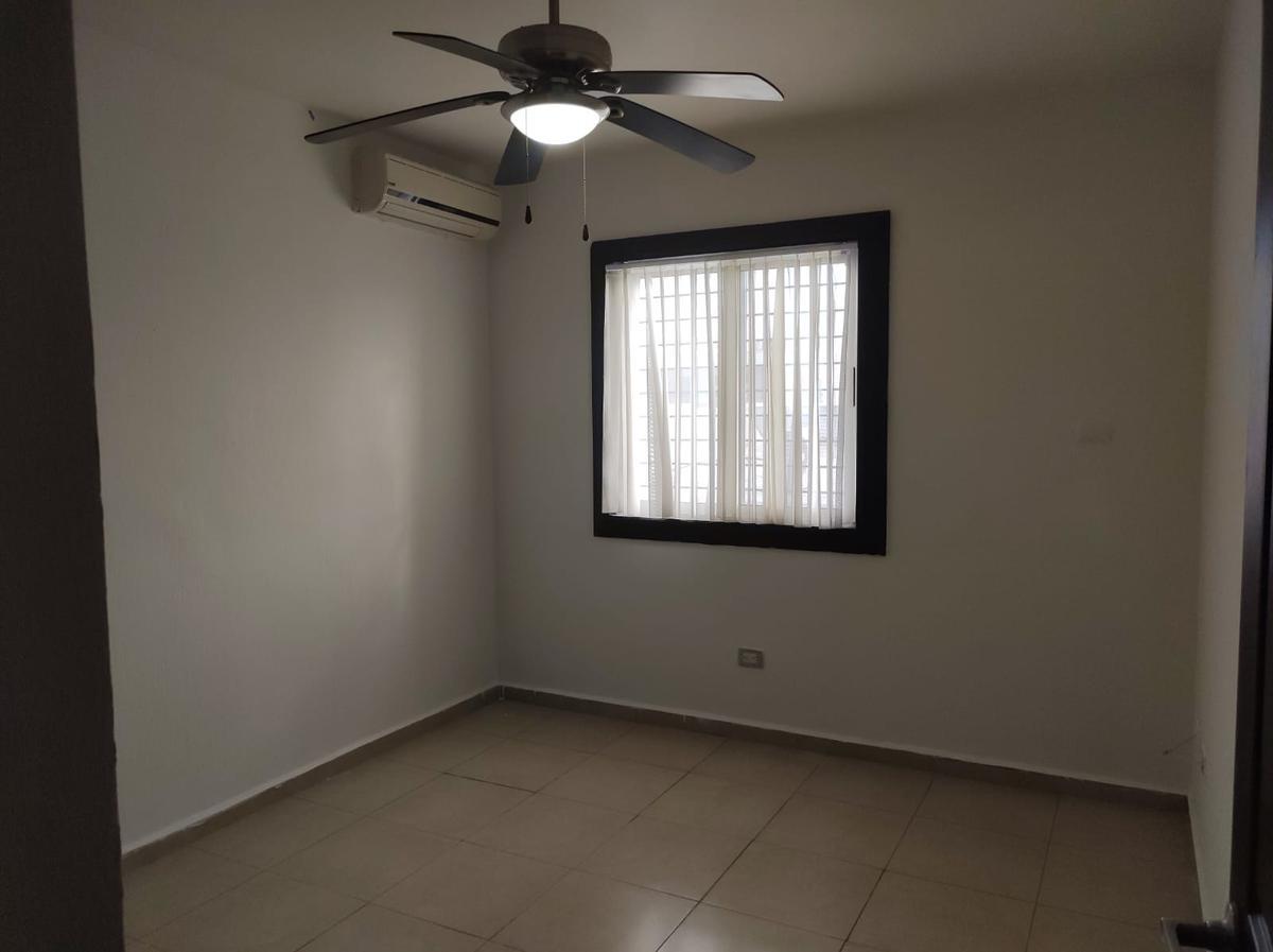 Foto Casa en Venta en  Paseo de Cumbres,  Monterrey  CASA EN VENTA PASEO DE CUMBRES, MONTERREY, NUEVO LEÓN. 2,850,000