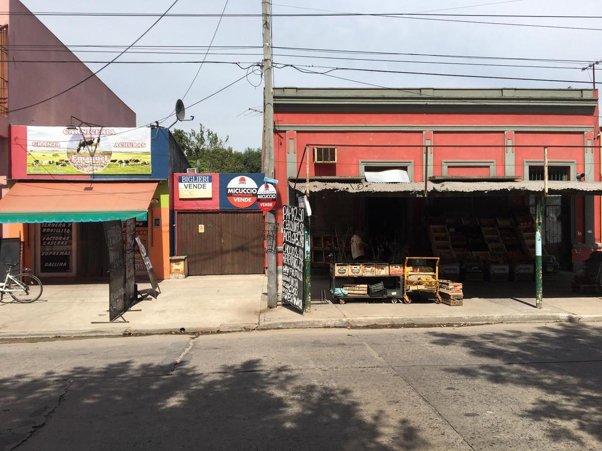 Foto Local en Venta en  Matheu,  Escobar  Nazarre 76