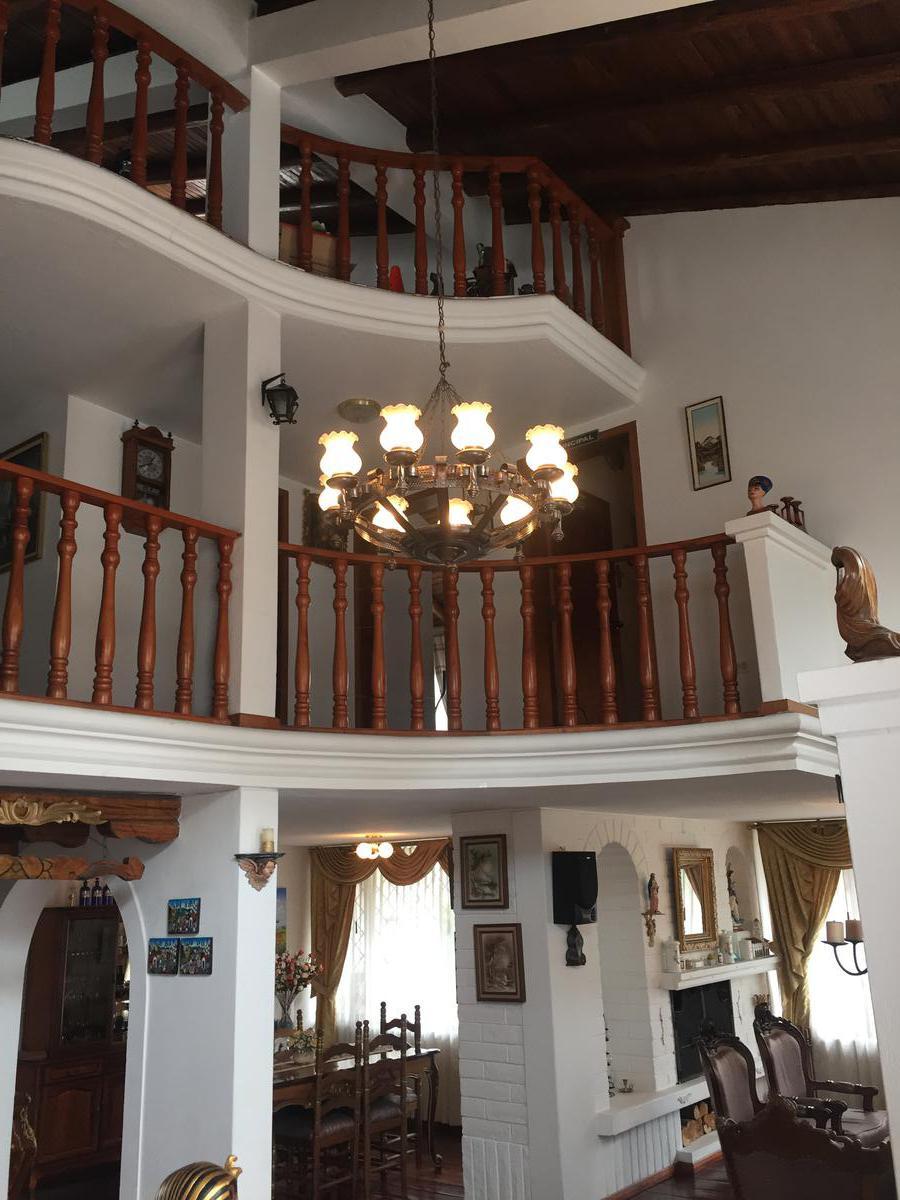 Foto Casa en Venta en  Norte de Quito,  Quito  Manuel Espinoza Oe al 200