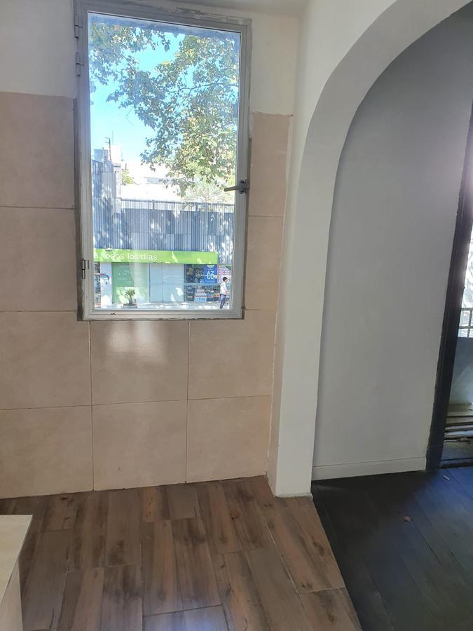 Foto Casa en Alquiler en  Pocitos ,  Montevideo  RIVERA CASI BV ARTIGAS CASA DE ALTOS