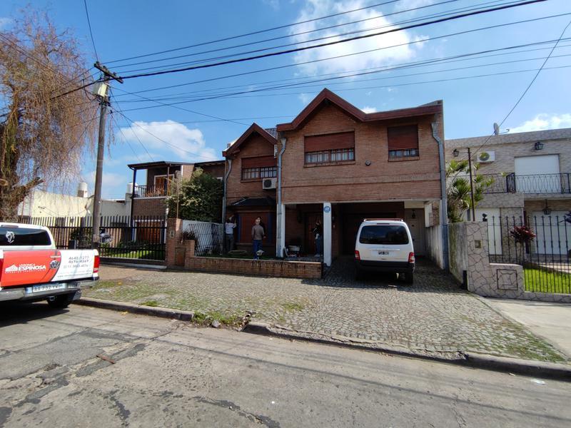 Foto Casa en Venta en  Moron Sur,  Moron  Grito de Alcorta al 1100
