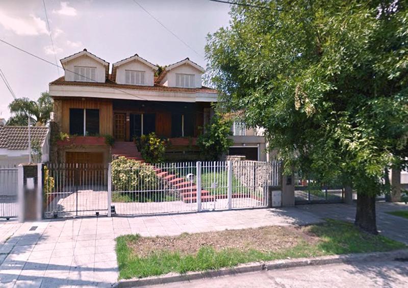 Foto Casa en Venta en  B.Ayerza,  Castelar  Machado al 1700