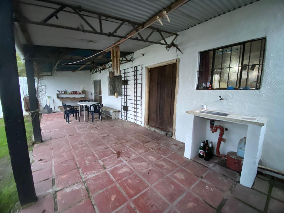 Foto Casa en Venta en  Las Toscas ,  Canelones  Calle 12 y Central - Las Toscas