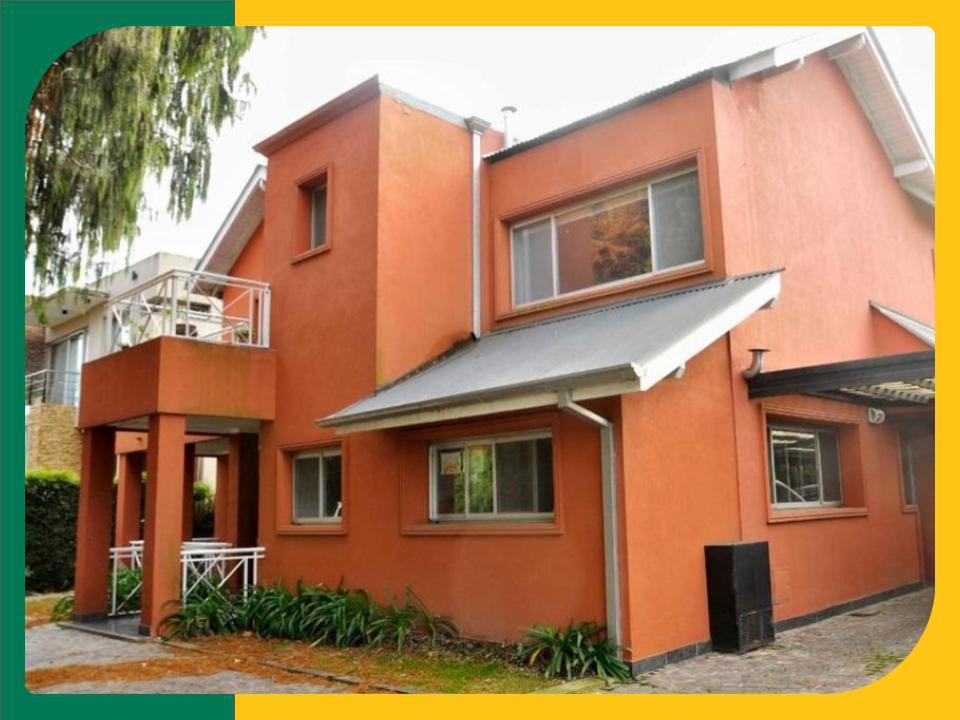 Foto Casa en Venta en  Portal Del Sol,  Countries/B.Cerrado (San Miguel)  Av Gaspar campos al 2900