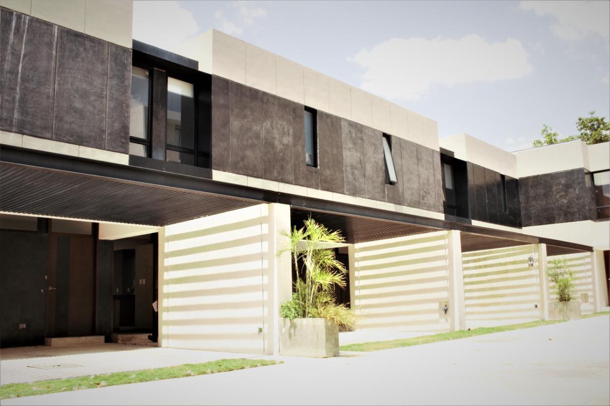 Foto Departamento en Renta en  Temozon Norte,  Mérida  En renta townhouse en privada en excelente zona de Temozón Norte en Mérida.