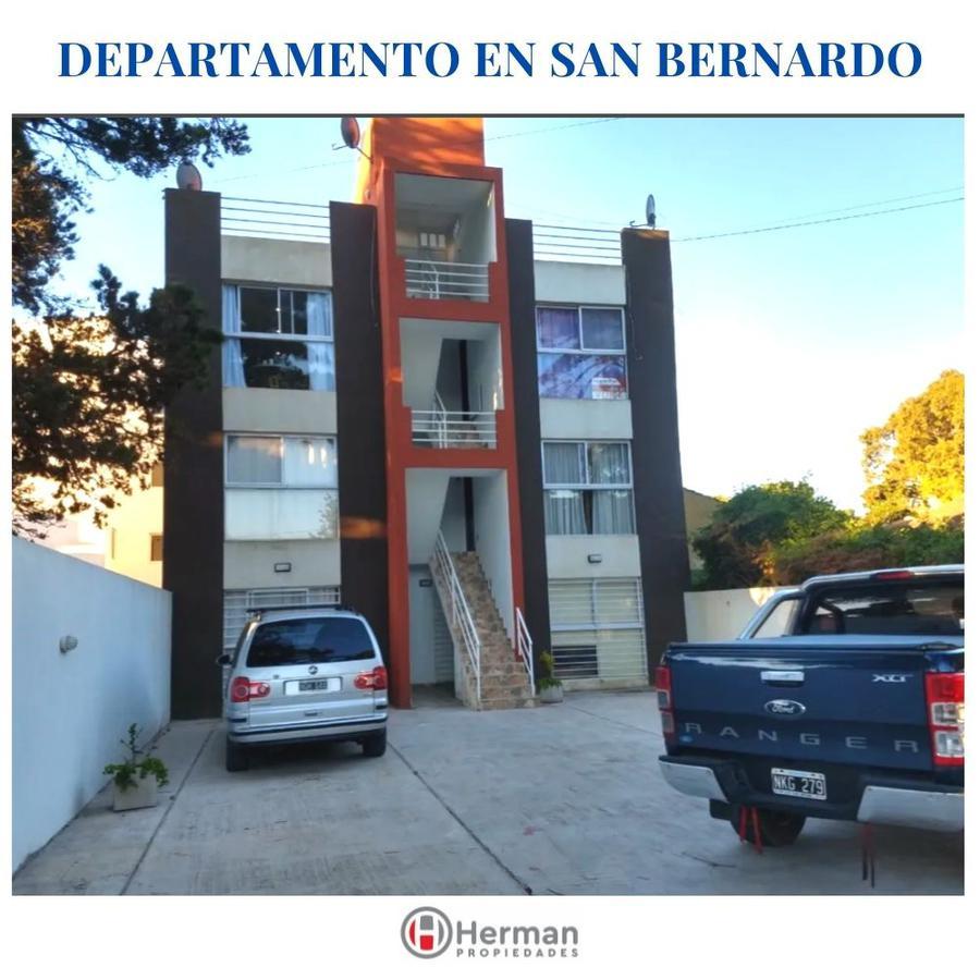 Foto Departamento en Venta en  San Bernardo Del Tuyu ,  Costa Atlantica  Zuviria al 500