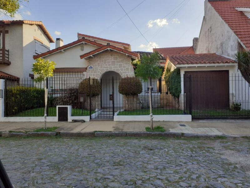 Foto Casa en Venta en  Quilmes,  Quilmes  Libertad 661 Quilmes