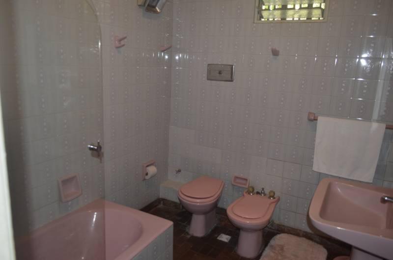 Foto Casa en Venta en  Floresta ,  Capital Federal  Las acacias al 1300