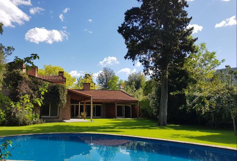 Foto Casa en Venta en  Las Lomas-Horqueta,  Las Lomas de San Isidro  Piñero 1243