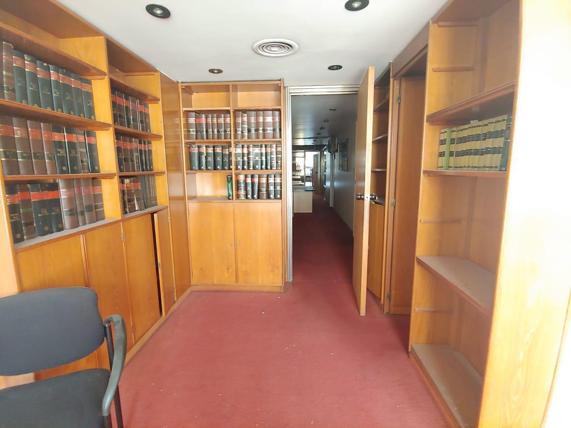 Foto Oficina en Venta en  Retiro,  Centro (Capital Federal)  Paraguay 1300