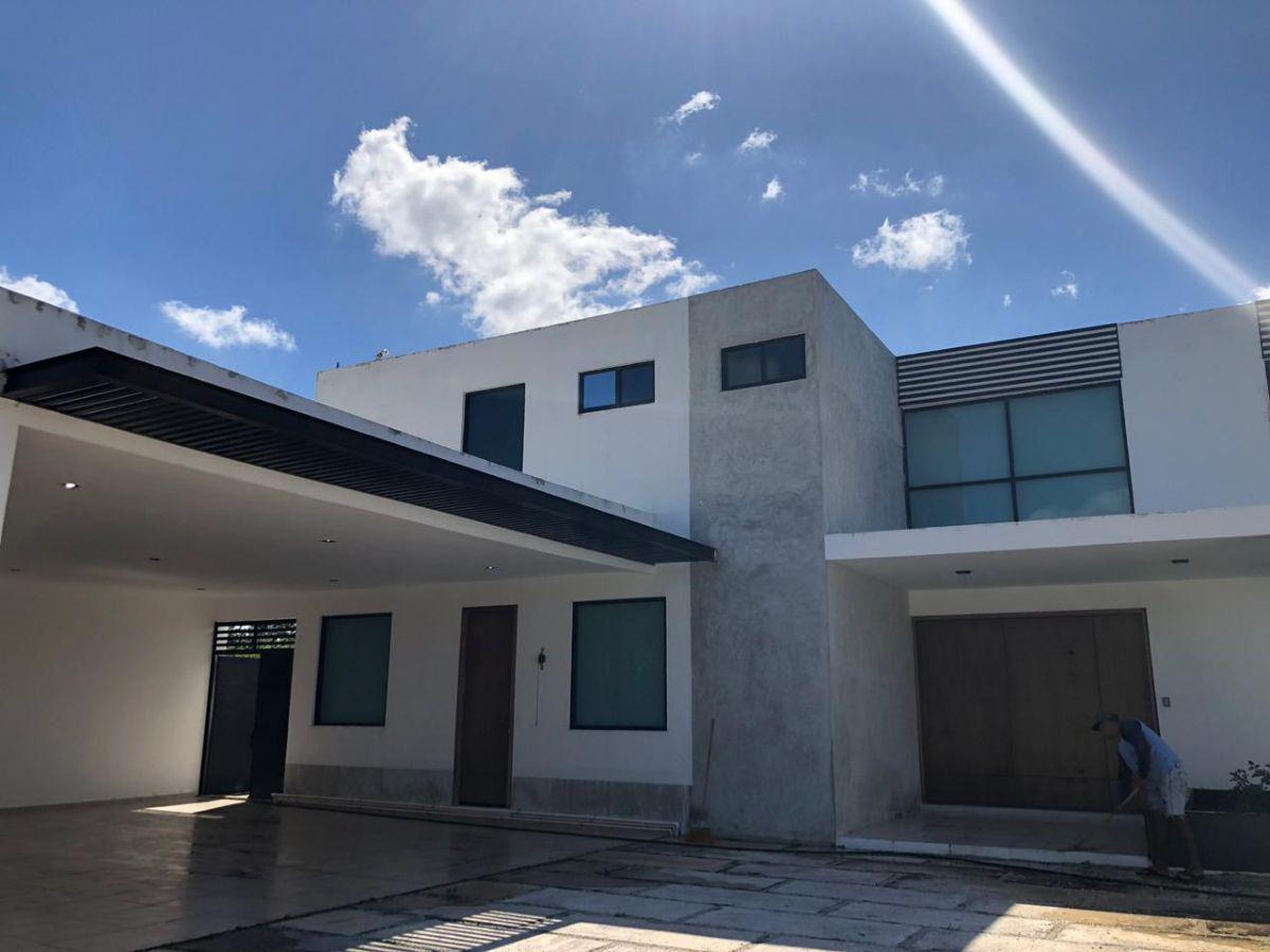 Foto Casa en Venta en  Hacienda Xcanatun,  Mérida  Residencial Xcanatún