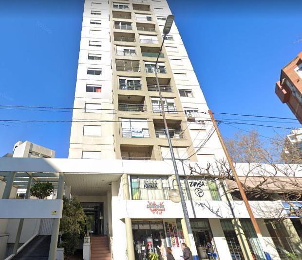 Foto Departamento en Alquiler en  La Plata ,  G.B.A. Zona Sur  Diagonal 79 entre 1 y 2