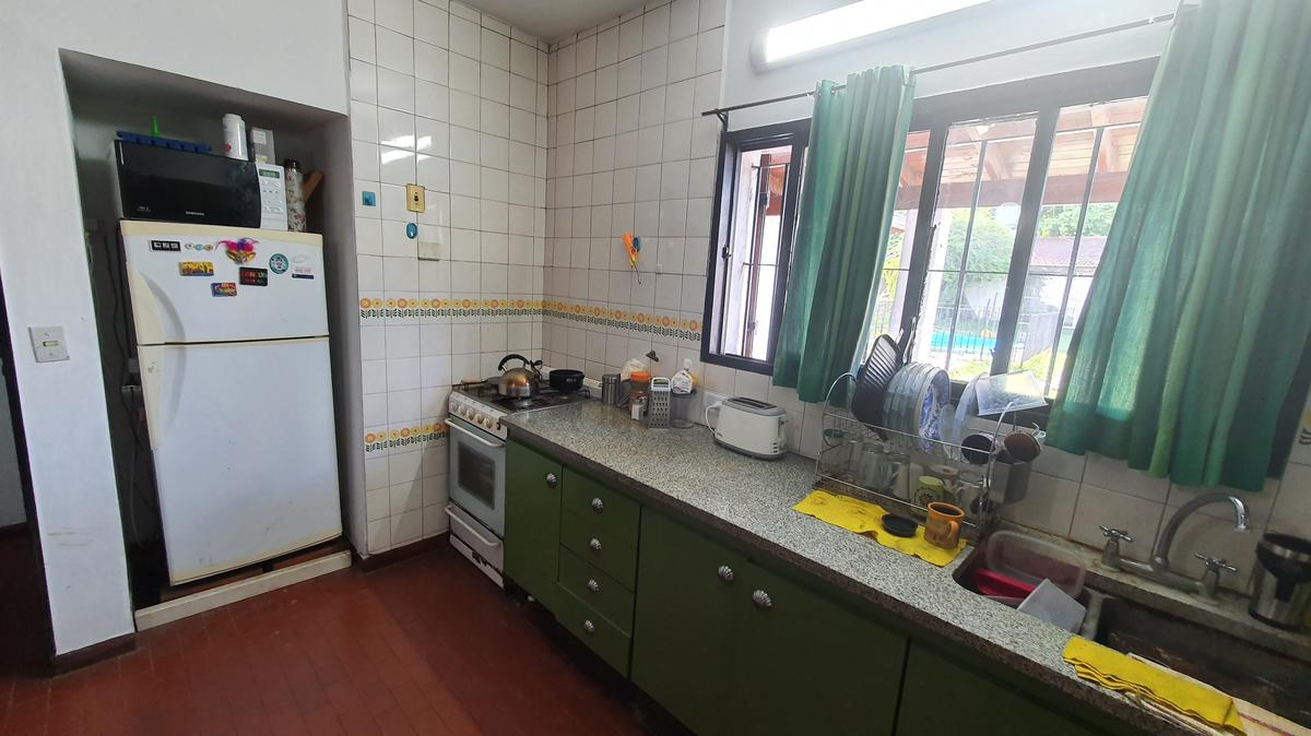 Foto Casa en Venta en  Bella Vista,  San Miguel  SENADOR MORON  2238