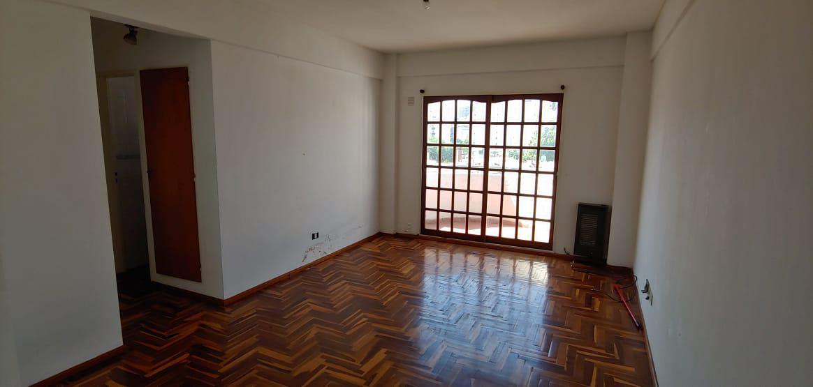 Foto Departamento en Alquiler en  Caballito ,  Capital Federal  Aranguren al 700