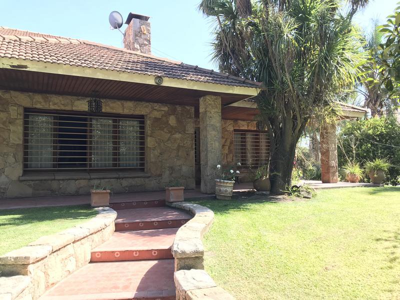 Foto Casa en Venta en  San Vicente ,  G.B.A. Zona Sur  PRESIDENTE PERON 593 esquina JUNCAL