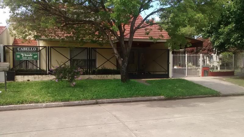 Foto Casa en Venta en  Lomas de Zamora Oeste,  Lomas De Zamora  CORRIENTES al 800