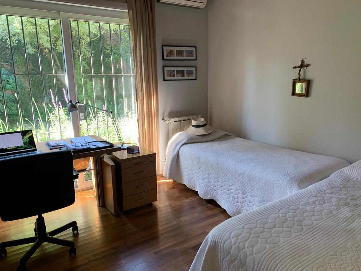 Foto Casa en Venta en  Beccar,  San Isidro  Bolivar al 500