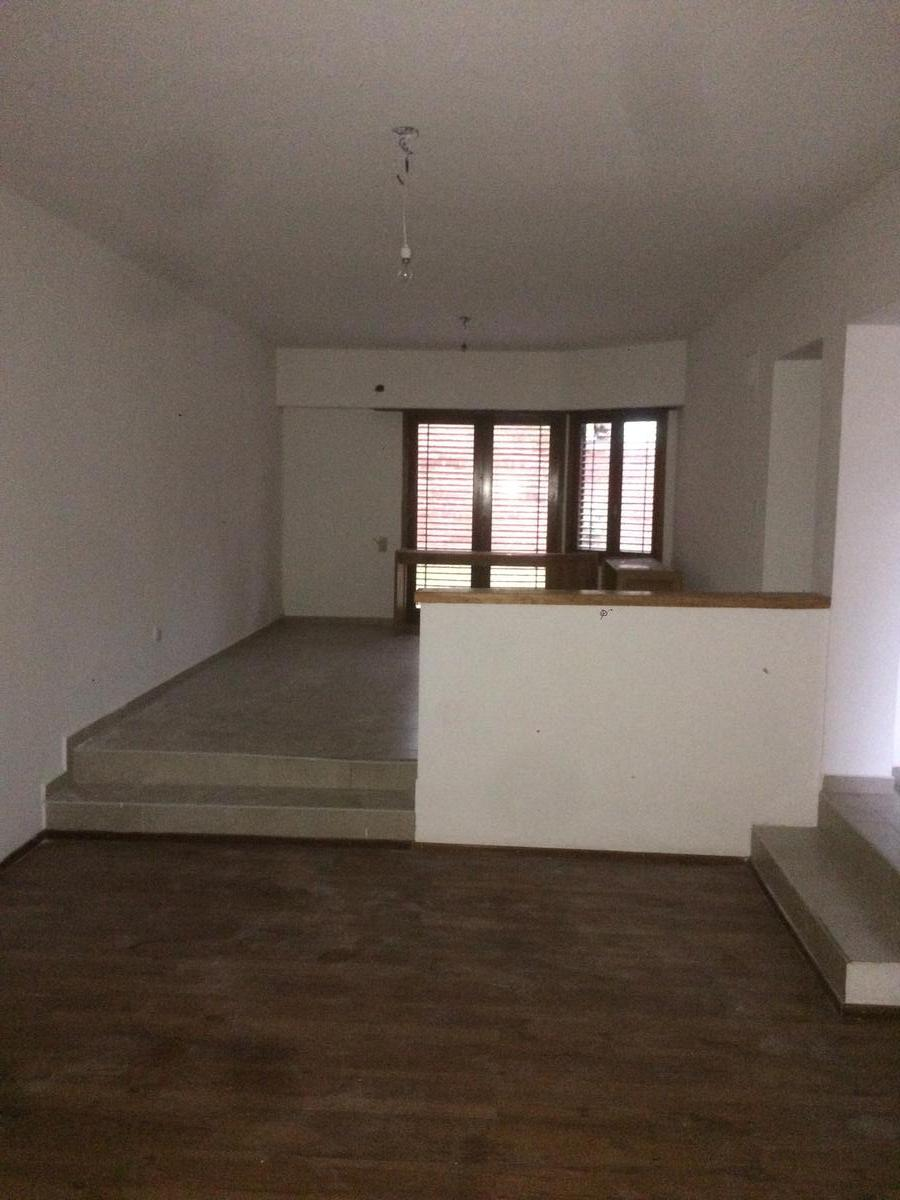Foto Casa en Venta en  Capital ,  Neuquen  LARREA al 570