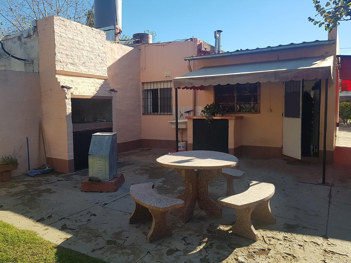 Foto Casa en Venta en  Santa Rosa,  Capital  Bertera al 1200