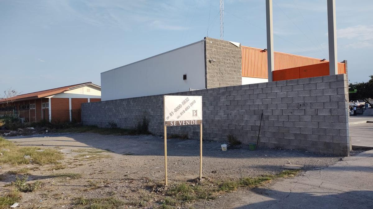 Foto Terreno en Venta en  Real de Palmas,  Gral. Zuazua  TERRENO COMERCIAL EN VENTA COL REAL DE PALMAS ZUAZUA NUEVO LEON