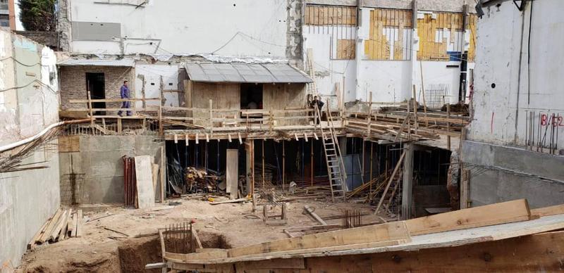 Foto Departamento en Venta en  Constitución ,  Capital Federal  Carlos Calvo 1500