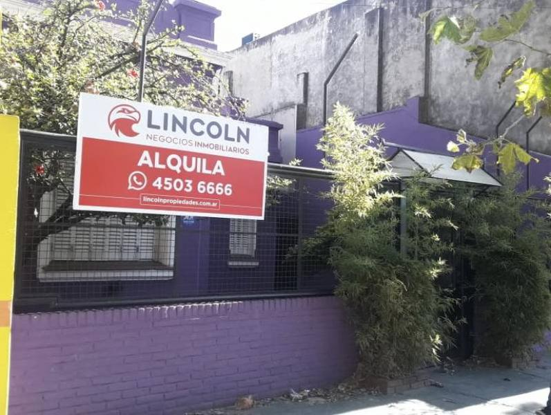 Foto Local en Alquiler en  Villa Devoto ,  Capital Federal  Av. Francisco Beiró al 3500