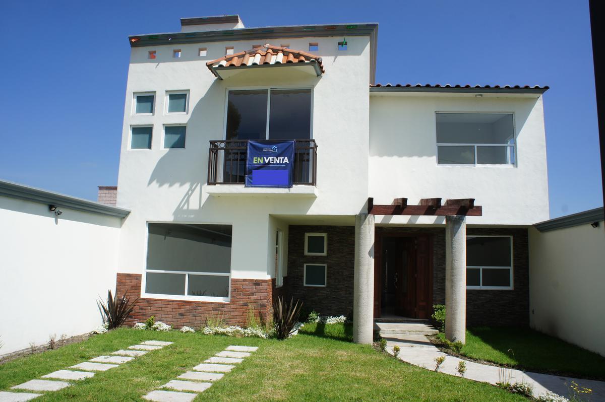 Foto Casa en Venta en  Tecaxic,  Toluca  Casa nueva en venta,  Tecaxic, Estado de México