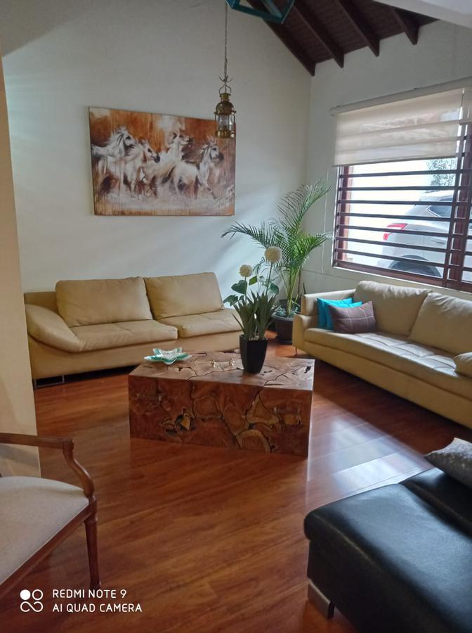 Picture House in Sale in  Cuenca ,  Azuay  Miguel Diaz - Cerca Remigio