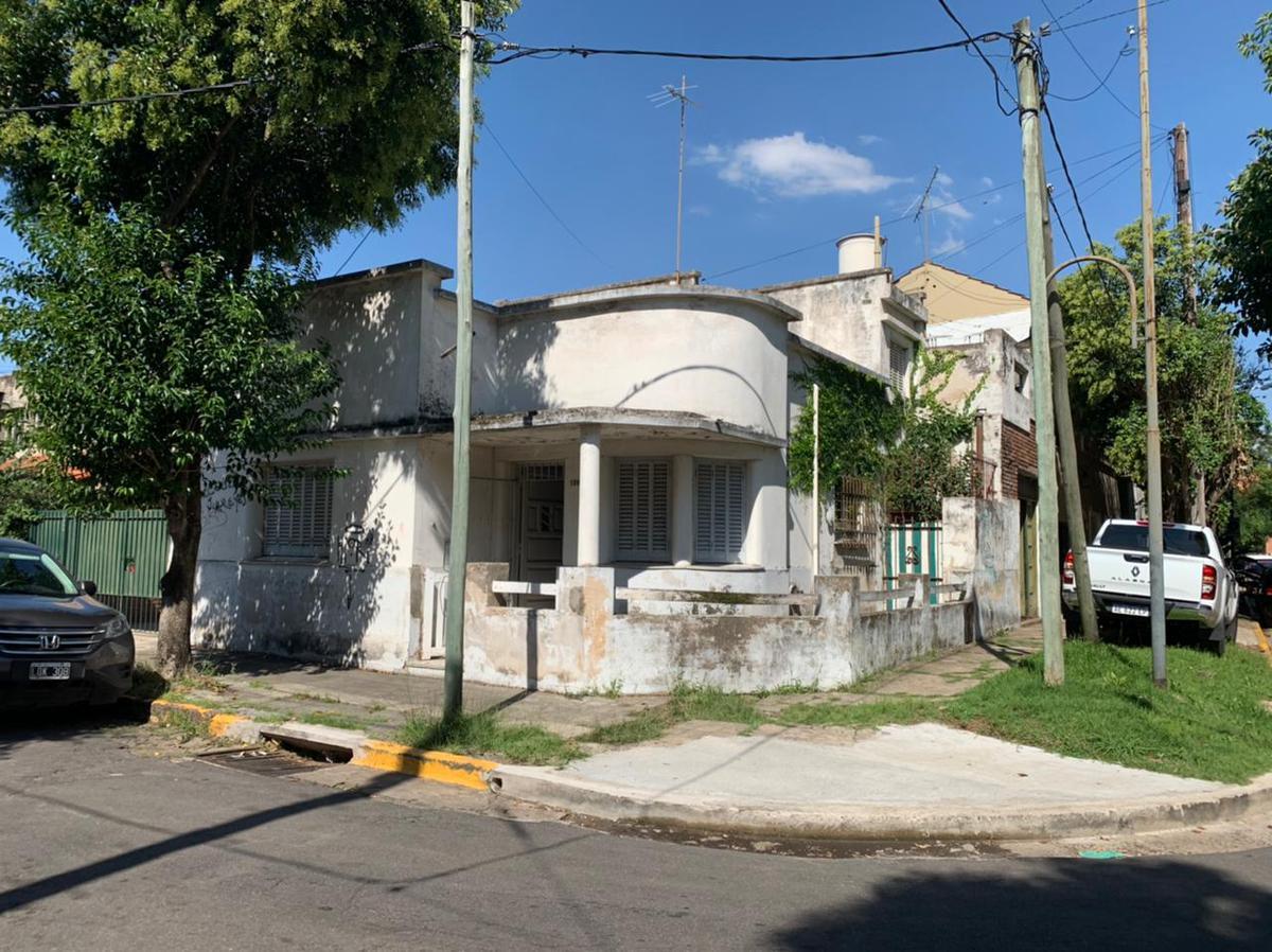 Foto Casa en Venta en  San Fernando ,  G.B.A. Zona Norte  Almirante Brown 1590
