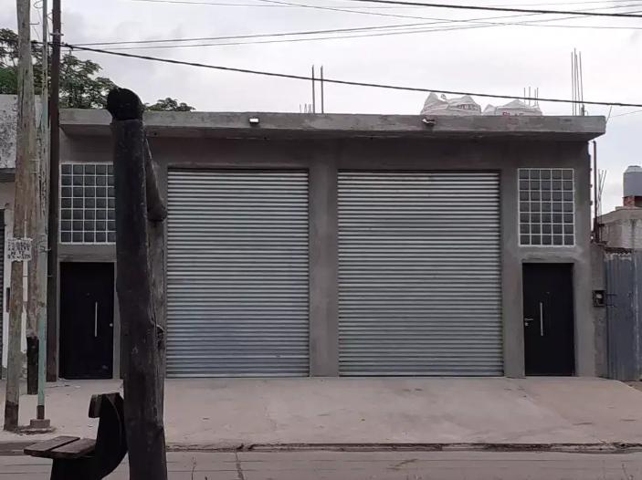 Foto Local en Alquiler en  La Plata,  La Plata  526 e/ 20 y 21