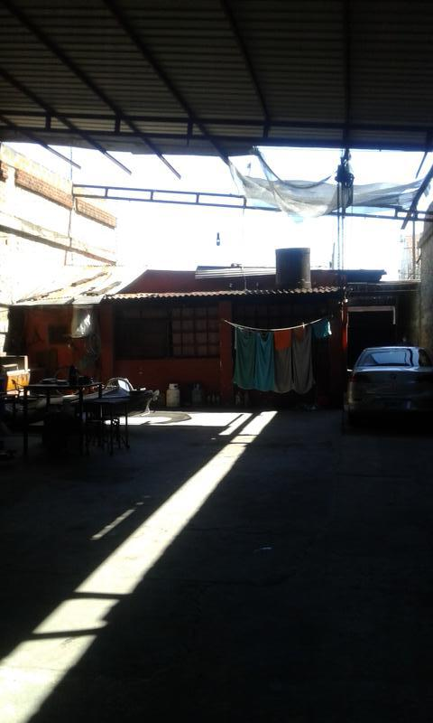 Foto Galpón en Venta en  Valentin Alsina,  Lanús  Yerbal  al 5400