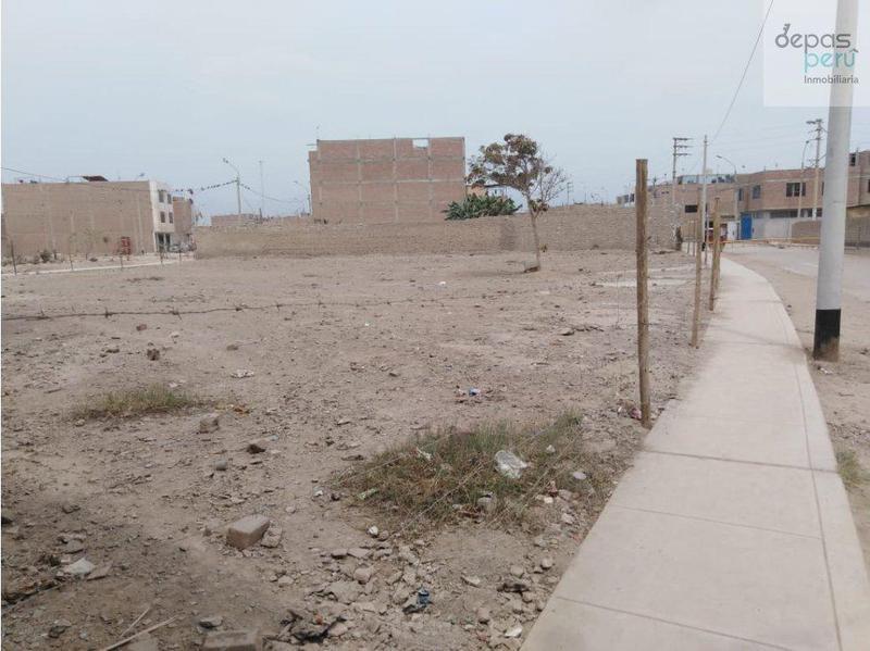 Foto Terreno en Venta en  San Martín de Porres,  Lima  Av Paramonga