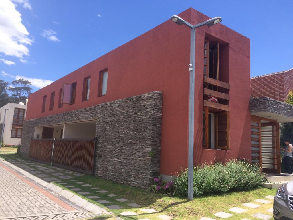 Foto Casa en Alquiler en  Cumbayá,  Quito  Cumbaya, sector La Primavera