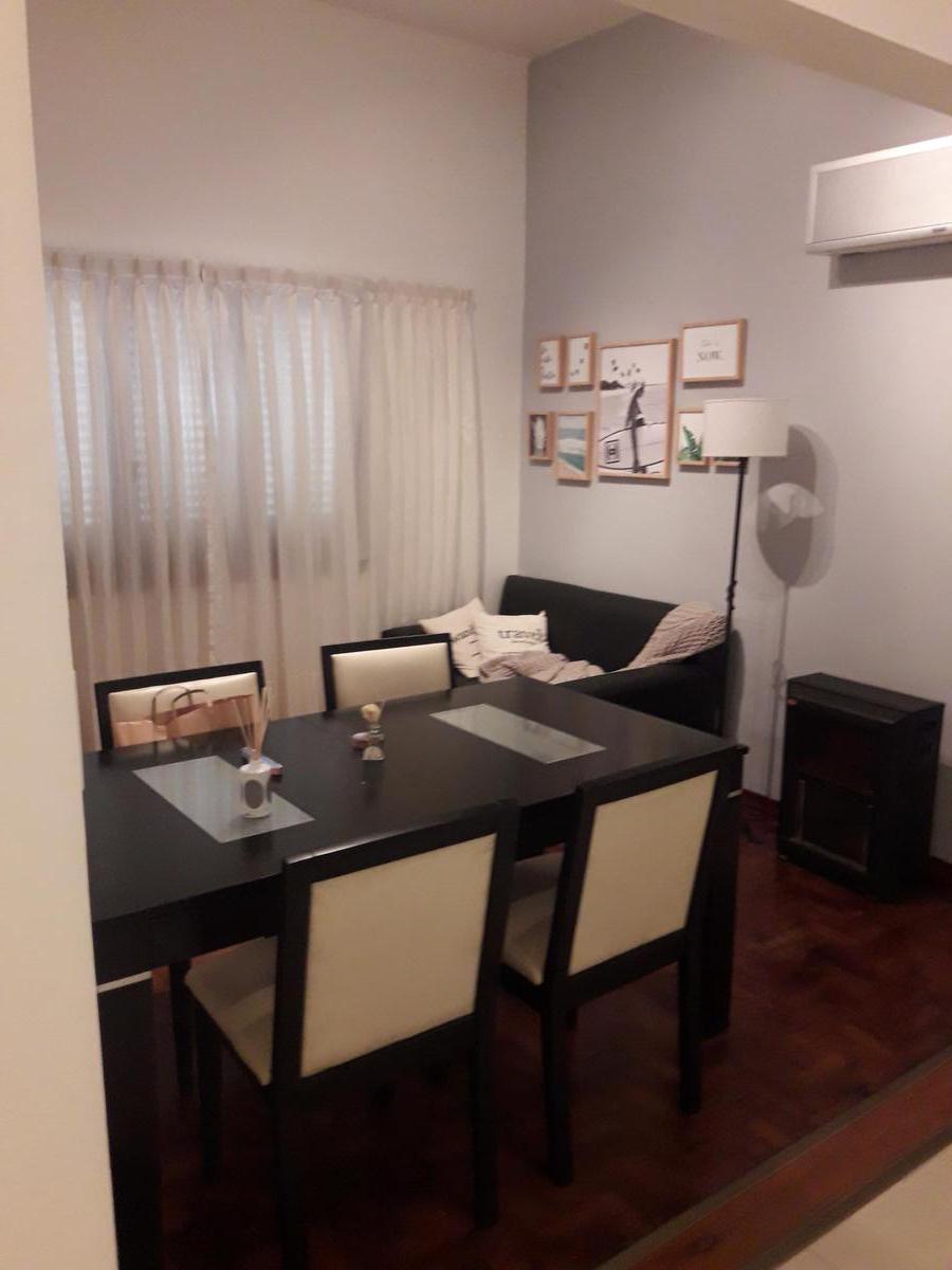 Foto PH en Venta en  Sarandi,  Avellaneda  O Higgins al 400