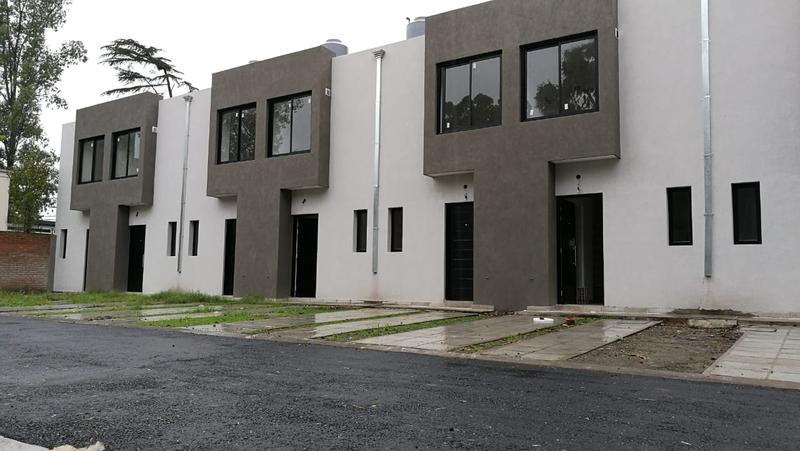 Foto PH en Venta en  Ituzaingó,  Ituzaingó  Chimbora al 900