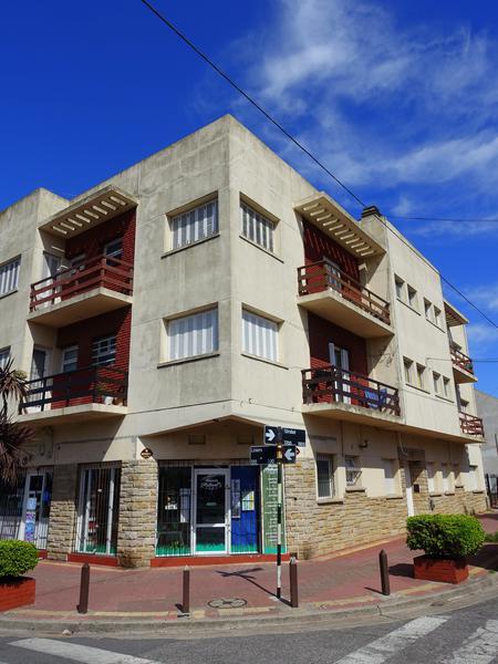 Foto Departamento en Venta en  P.Luro,  Mar Del Plata  Strobel y Liniers