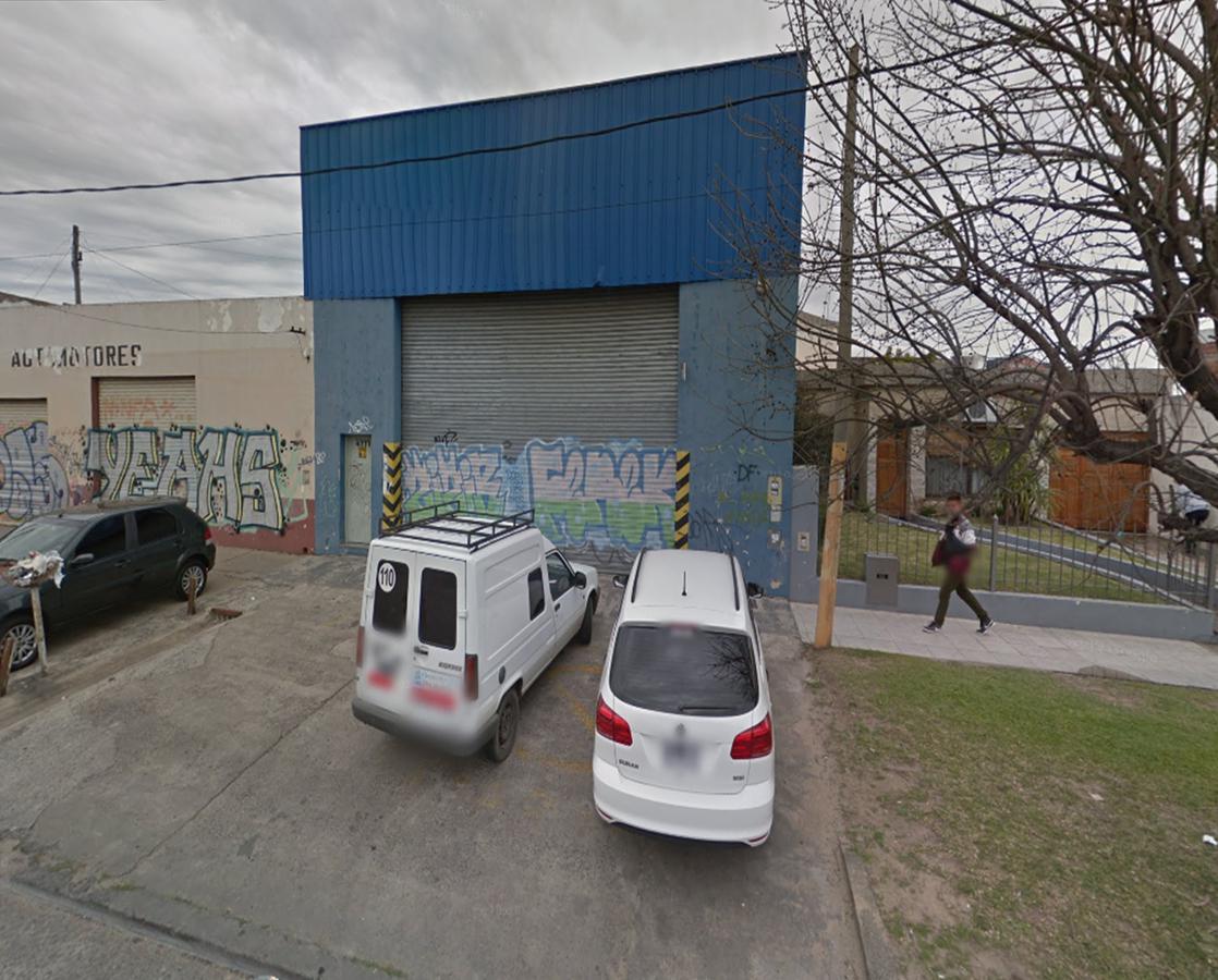 Foto Galpón en Alquiler en  Ezpeleta Este,  Quilmes  Avenida Centenario 4471 entre Av. Republica Francia y Paraguay