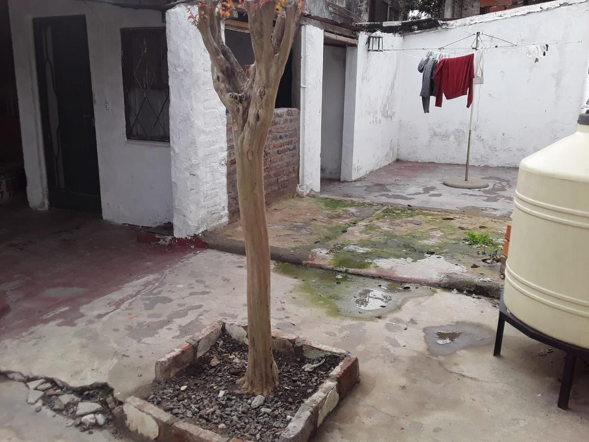 Foto PH en Venta en  Wilde,  Avellaneda  La fuente 5600, Wilde