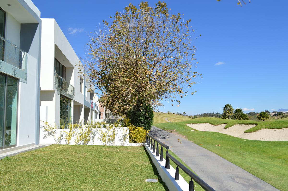 Foto Casa en Renta en  Fraccionamiento Valle Imperial,  Zapopan  Paseo de los Emperadores 776 32