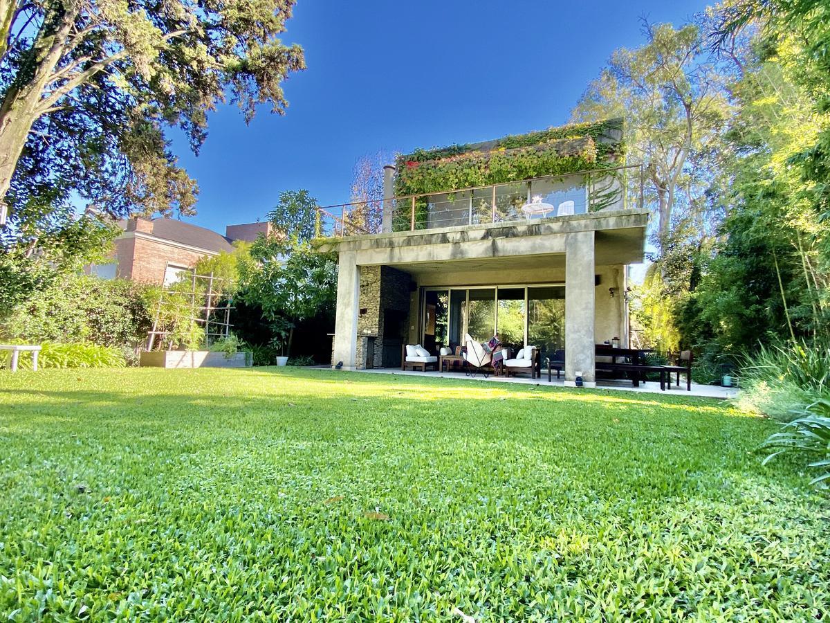 Foto Casa en Alquiler en  Rey Moro,  Countries/B.Cerrado (San Isidro)  Comodoro Rivadavia 500
