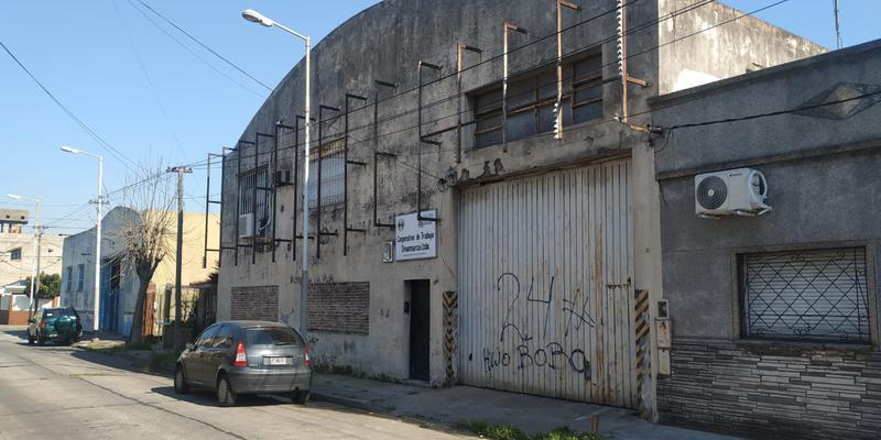 Foto Galpón en Venta en  Piñeyro,  Avellaneda  PASAJE DINAMARCA al 2100